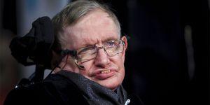 Stephen Hawking yaşamını yitirdi