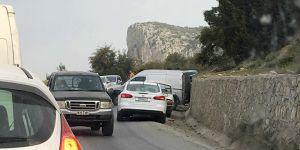 Yine 'Dağ yolu', yine kaza: 3 yaralı