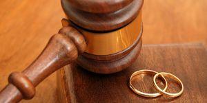 Evlilikle boşanma yarışıyor