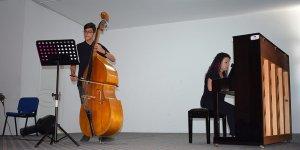 Müzik Öğrencilerinden Solo performanslar