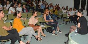 Hazar Ergüçlü: Okul Yıllarınızın Kıymetini Bilin