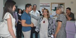 Besim, Mağusa Devlet Hastanesi'ni ziyaret etti
