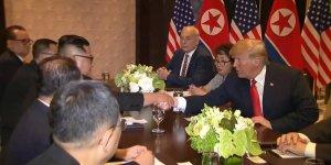 Nükleer silahsızlanmaya karşı imzalar atıldı