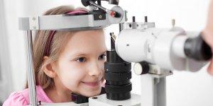 """""""Çocuklarda göz muayenesi erken yaşlarda yapılmalı..."""""""