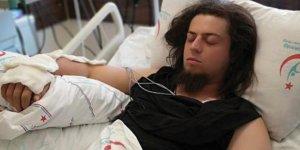 İllüzyonist  Aref Ghafouri'yi, Antalya'da yılan ısırdı