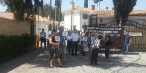 İki Toplumlu Barış İnsyatifi'nden Cumhurbaşkanlığı önünde eylem