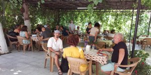 Özbek Köyü Keşkek Evi'nde Keşkek, Kıbrıs'ta Herse