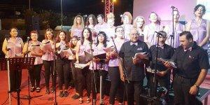 Mormenekşe Çağdaş Kadınlar Derneği'nden konser