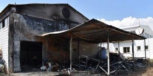 İş yerine girdiler, yanıcı madde döküp ateşe verdiler…