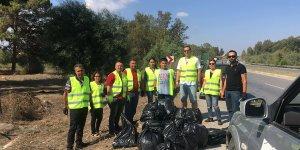 Güvercinlik ve Aslanköy kavşakları arasında temizlik etkinliği gerçekleşti