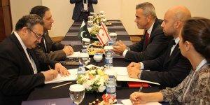 Meclisi Başkanı Uluçay, Pakistan heyeti ile görüştü