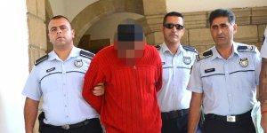 Öz kızına 2 yıl boyunca tecavüz:  BABA TUTUKLU!