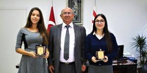Özyiğit IGCSE dünya birincilerini kabul etti