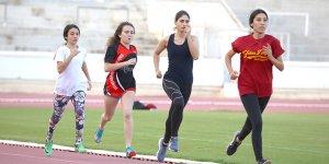 Atletler piste çıktı