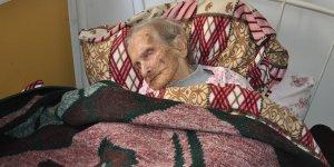 100 yaşında, köyüne hasret