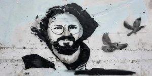 """Lefkoşa'nın güneyinde """"Karapaşaoğlu"""" grafitisi"""