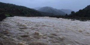 Lefke'de kuvvetli yağış ve fırtına