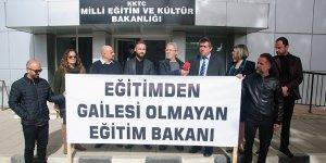 KTÖS 'Eğitim'i protesto etti