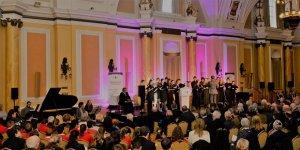 Piyanist Mirana Faiz Uluslararası Soykırımı anma etkinliğinde sahne aldı