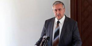 """""""Anastasiadis, siyasi eşitlik anlayışından uzak"""""""