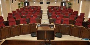 Hükümette ilk kriz: Bazı vekiller meclise gelmedi