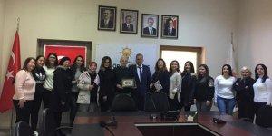 """HÜR-İŞ """"Kadın İşçileri Büyük Kurultayı""""na katılacak"""