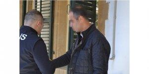 Ülkeye giriş yaparken tutuklandı
