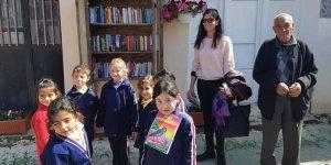 Akçay'da iki sokak kütüphanesi hizmete girdi