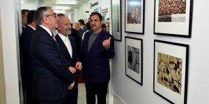 """Yüksel'in """"Yerel Sanatlar"""" sergisi açıldı"""