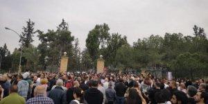 'Seri katil' protesto edildi
