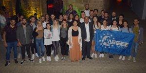 Avrupalı öğrenciler oy kullanmaya bisikletle gidecek