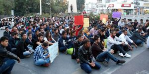 """""""Tutuklanan öğrenciler serbest bırakılsın"""""""
