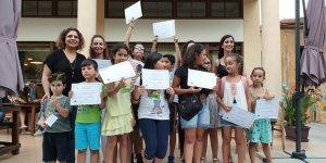 Çocuklar  birbirlerinin dilini öğrendi