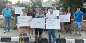 Gençlerden yıkılan surlar için eylem