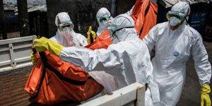 Ebola can almaya devam ediyor