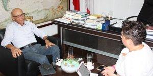 """Talat:  """"Bizim Dışişleri Bakanı'nı dünya tanımaz ki…"""""""
