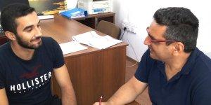 Bir dünya markasında,  bir Kıbrıslı Türk genç