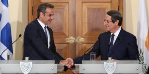 Kıbrıs Cumhuriyeti ile Yunan hükümeti ortak hareket edecek