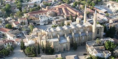 Ayasofya (Selimiye) Meydanı ve Mahallesi