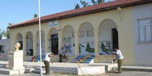 Dikmen Belediyesi okulları temizledi