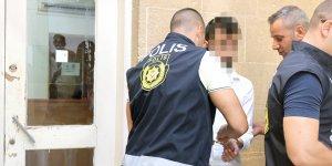 Alkol tesiri altındaki öğrenci kırık cam şişesiyle saldırdı