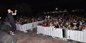 Sahne Kıbrıslı Türk sanatçılarındı
