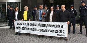 Sendikalar eğitim çalıştayını protesto etti