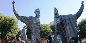 Lefkoşa'da Demokrasi Heykeli açıldı