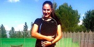 Teniste yılın en başarılı altyapı antrenörü Olga Umay Alizadeh