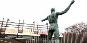 Kıbrıs Cumhuriyeti'ne 10 bin 500 Euro tazminat