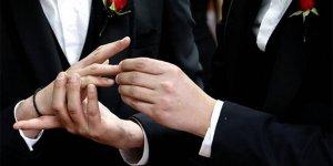 Cezaevinde ilk eşcinsel evliliği gerçekleşti