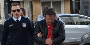 Araç çamura saplanınca tutuklandı