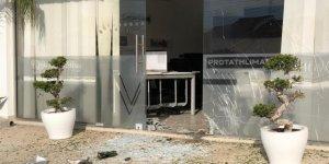 Limasol'da medya kuruluşu önünde patlama