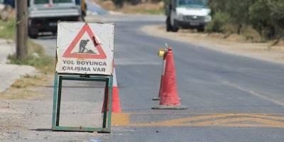 Güney Mesarya'da yol bakım çalışması yapılıyor
